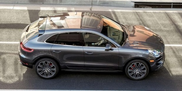 2020 Porsche Macan side view