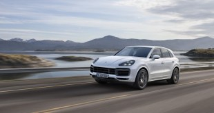 2020 porsche cayenne review