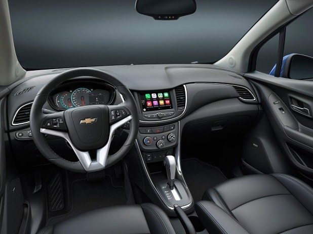2020 Chevy Trax interior