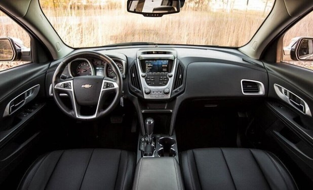 2020 Chevy Equinox interior