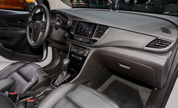 2020 Opel Mokka X interior
