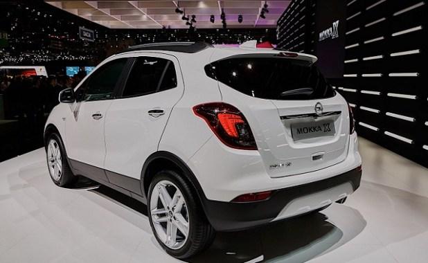 2020 Opel Mokka X rear view