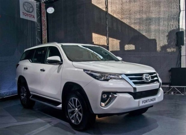 2020 Toyota Fortuner front view
