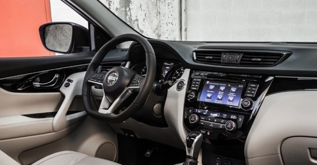 2020 X Trail interior