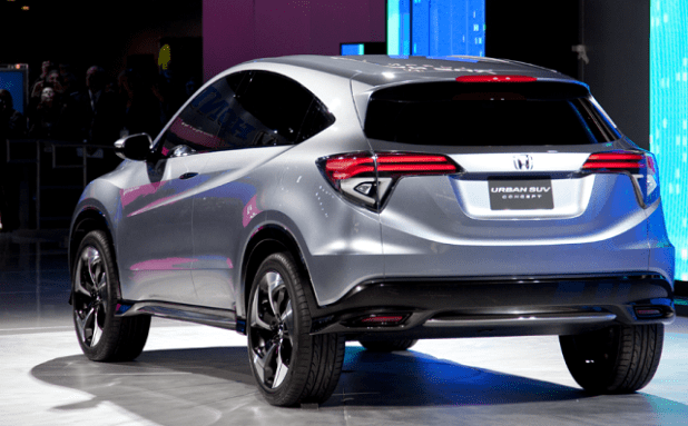 2020-hr-v-rear-view