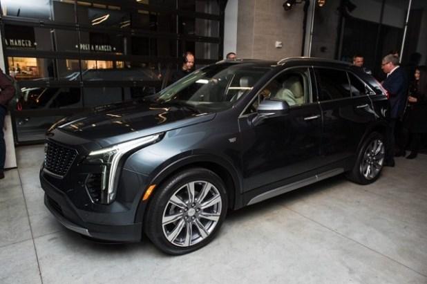 2021 Cadillac XT7 render