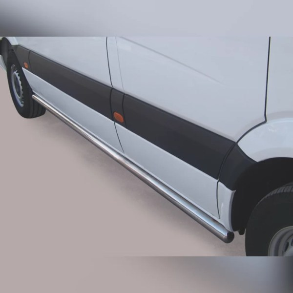 PROTECTION LATERALE INOX SUR VOLKSWAGEN CRAFTER 2011-2016 (L1)