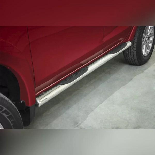 MARCHE-PIEDS LATERAUX INOX AVEC REVETEMENT EN PLASTIQUE SUR FIAT FULLBACK 2015+
