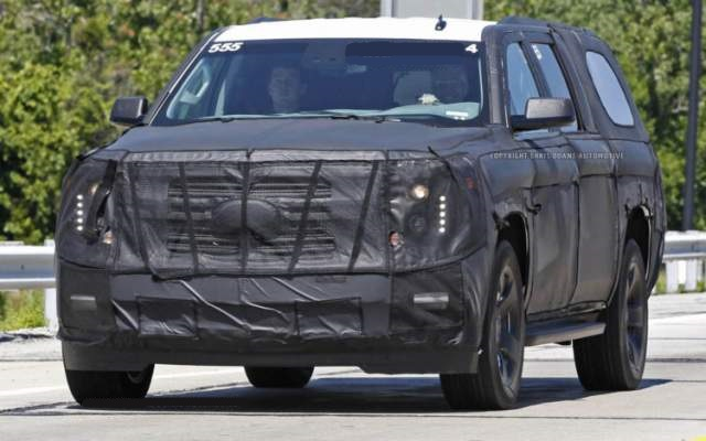 2019 Chevy Suburban spy shot