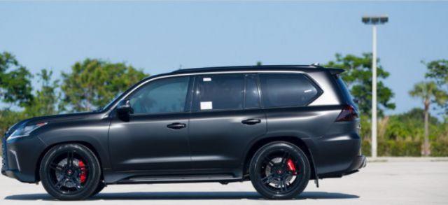 2019 Lexus LX 570 side view