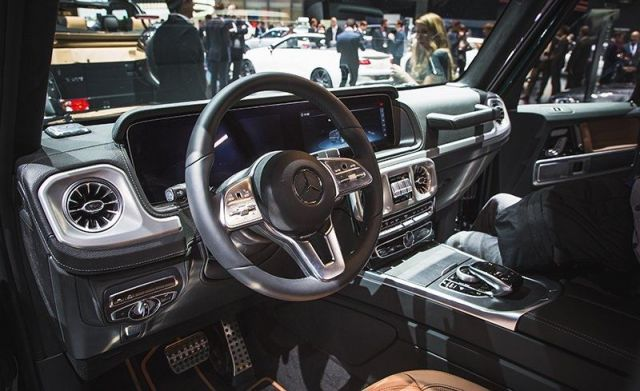 2019 Mercedes-Benz G-Wagon interior