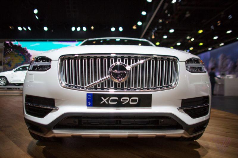 2019-Volvo-XC90-1.jpg