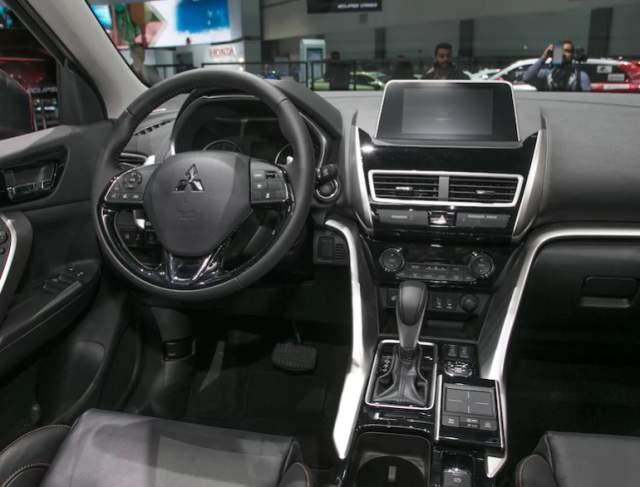 2019 Mitsubishi Eclipse Cross interior