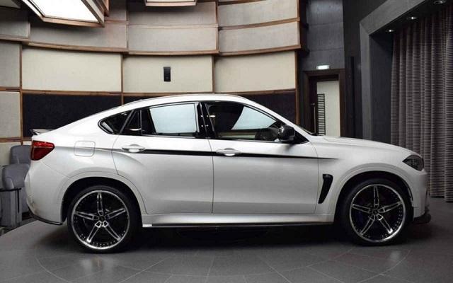 2019 BMW X6 M side