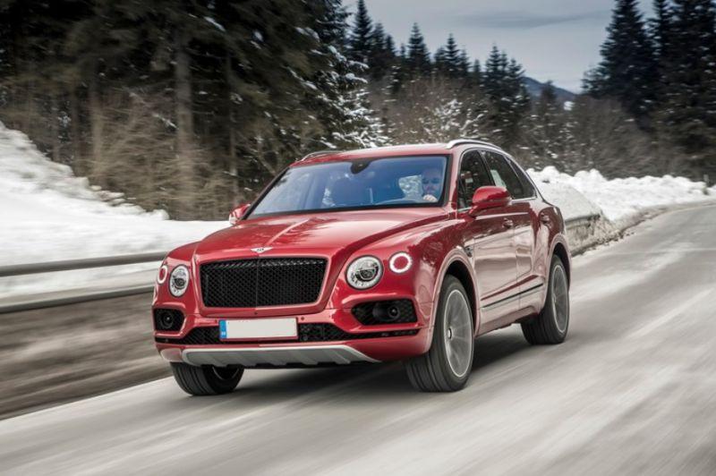 2019-Bentley-Bentayga-front.jpg