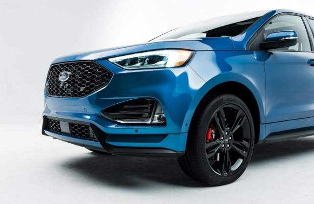 2019 Ford Edge Sport grille