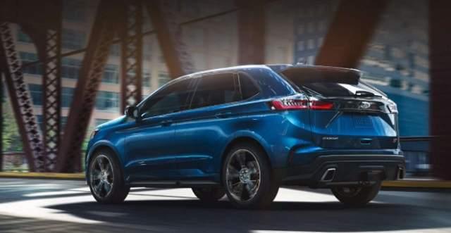2019 Ford Edge Sport rear