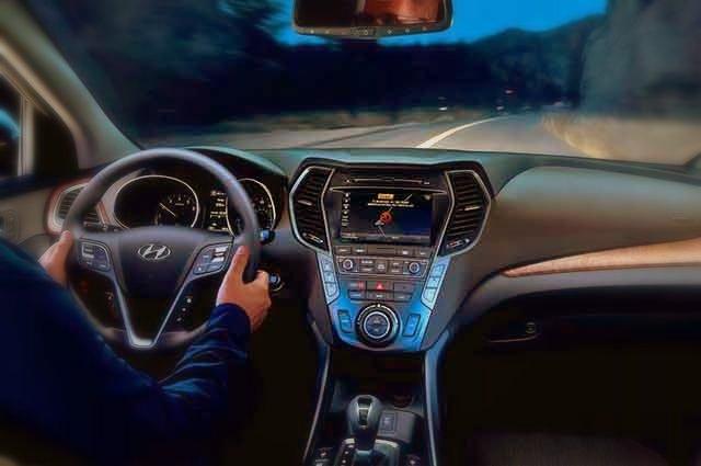 2019 Hyundai Tucson Hybrid interior