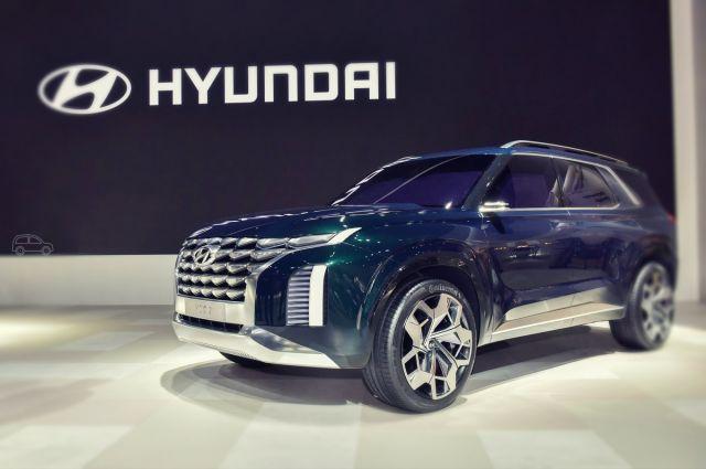 2019 Hyundai Grandmaster front