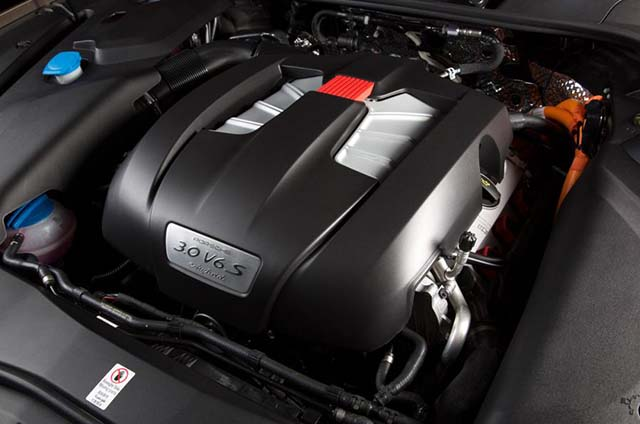 2019 Porsche Cayenne E-Hybrid engine