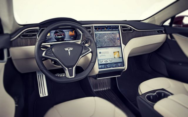 2019 Tesla Model X interior look