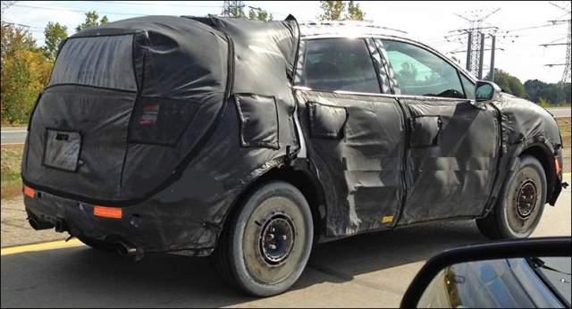 2020 Dodge Journey spy photos