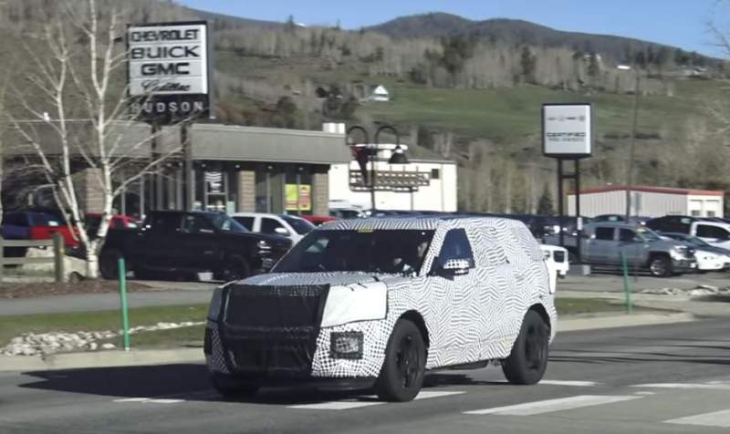 2020-Ford-Explorer-spied.jpg