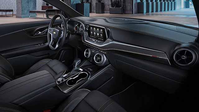 2020 Chevy Blazer inteior
