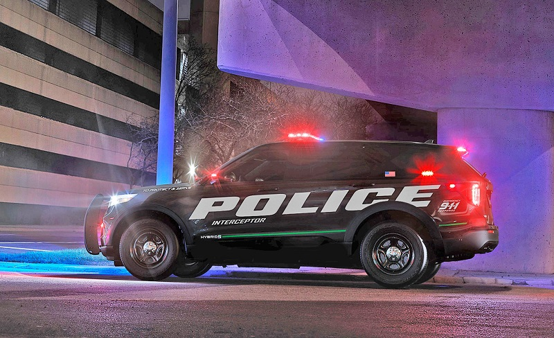 2020-Ford-Explorer-police-interceptor.jpg