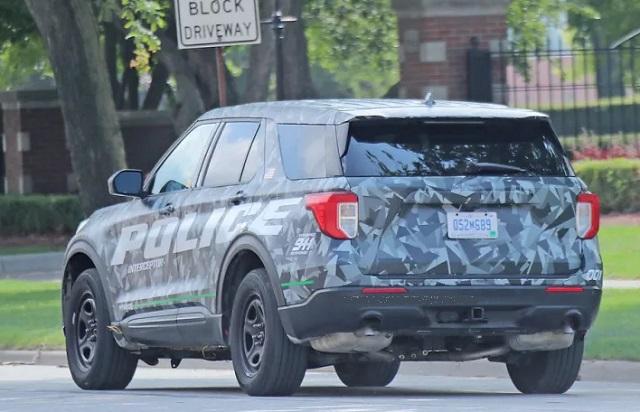 2020 Ford Explorer spy photos