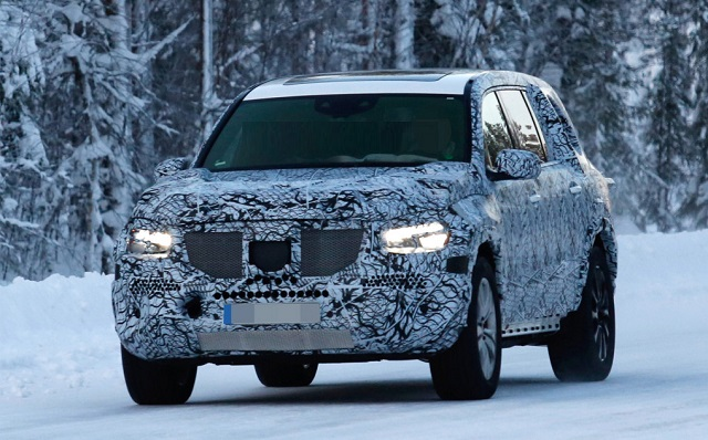 2020 Mercedes GLS spy photos