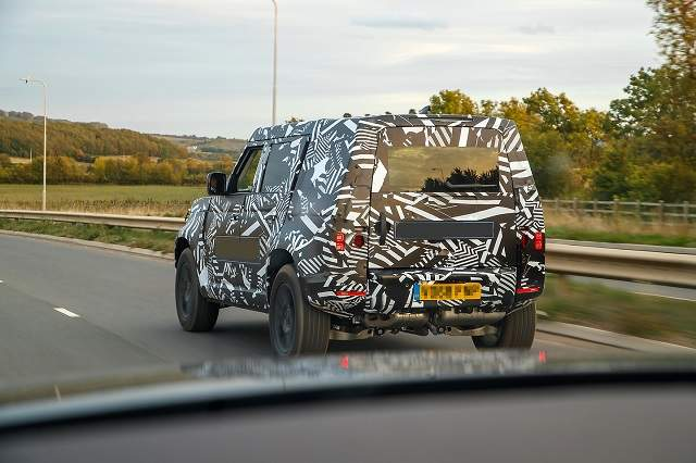 2020 Land Rover Defender tail