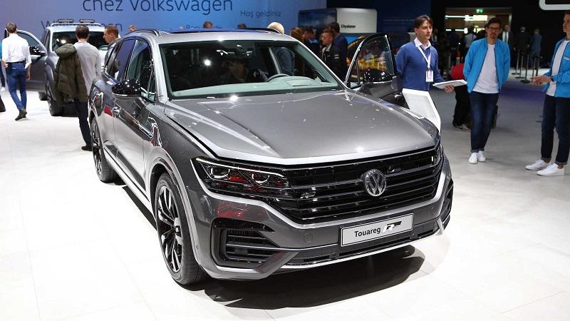 2020-Volkswagen-Touareg-r-line.jpg