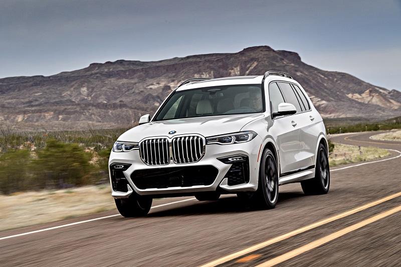 2020-BMW-X7m.jpg