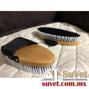 Cepillo para caballo madera pieza - SUVET