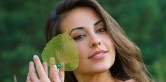 तैलीय त्वचा के लिए 15 घरेलू नुस्खे - Oily Skin Care Tips in Hindi Dekhbhal