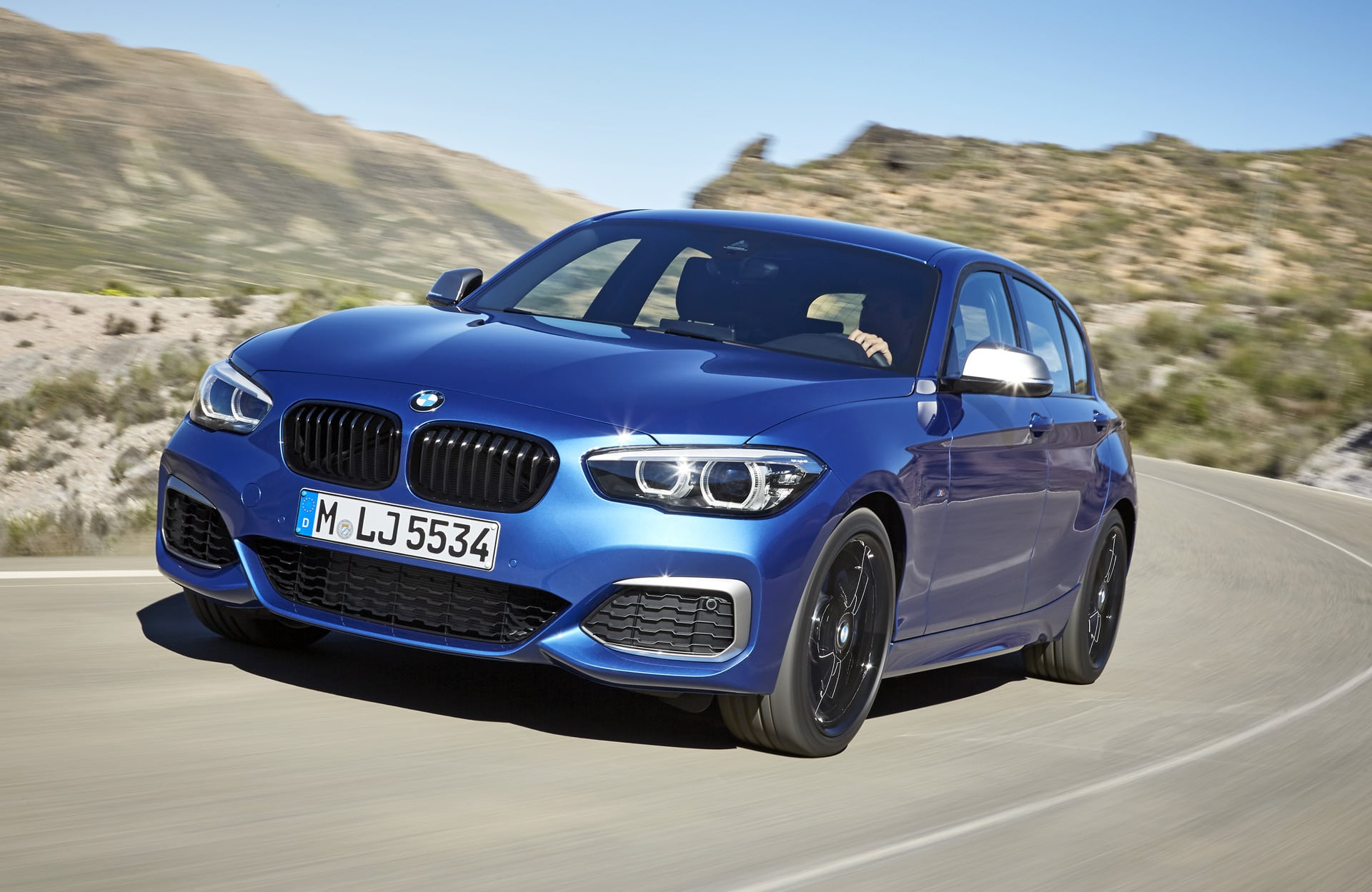 2020 BMW 1 Images