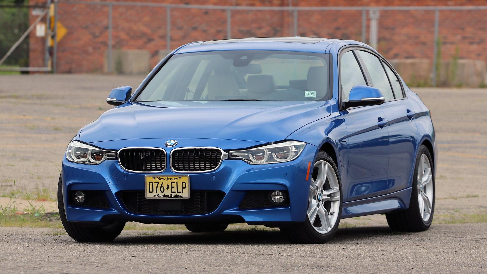 2020 BMW 330e Exterior