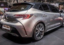 2019 Toyota Auris Spy Photos