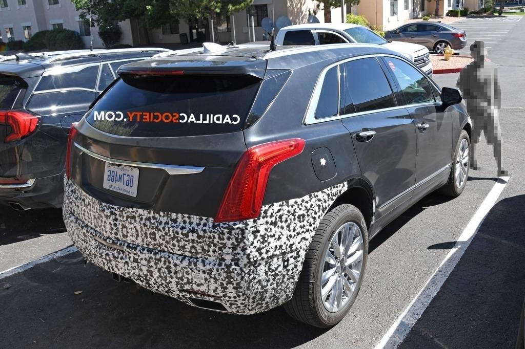 2020 Cadillac XT5 Images