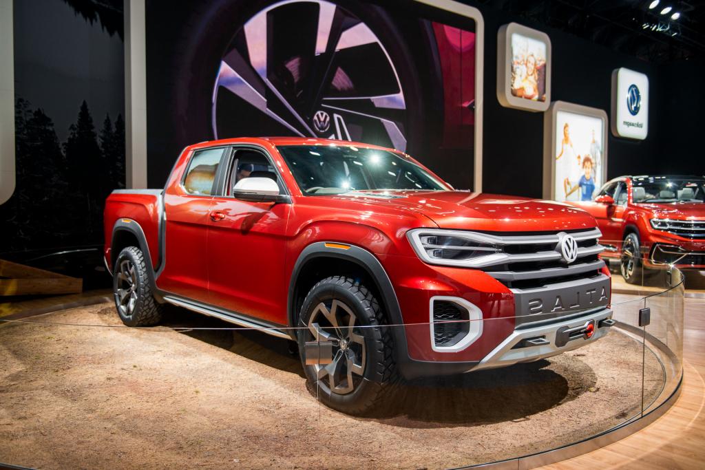 2022 VW Atlas Tanoak Pickup Truck Spy Shots