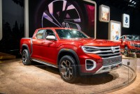 2022 VW Atlas Tanoak Pickup Truck Spy Shots