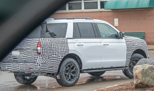 2023 Ford Expedition rear
