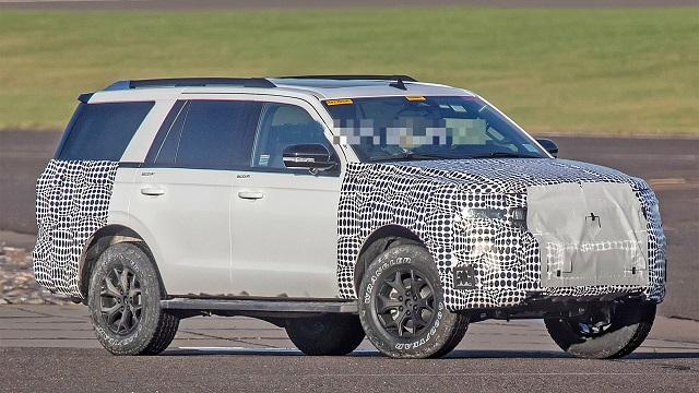 2023 Ford Expedition side