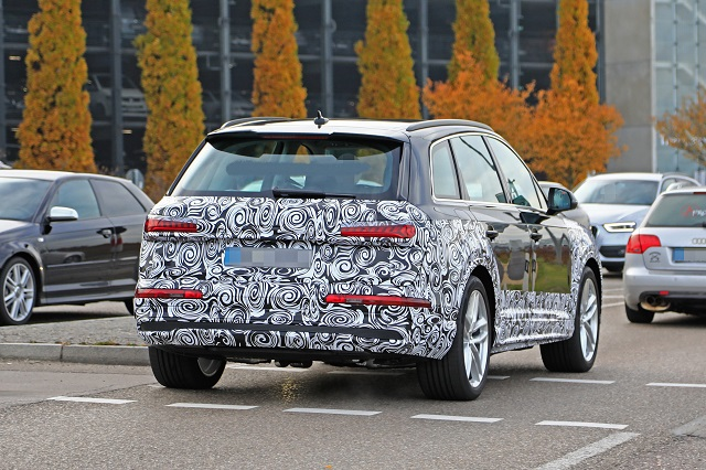 2023 Audi Q7 rear