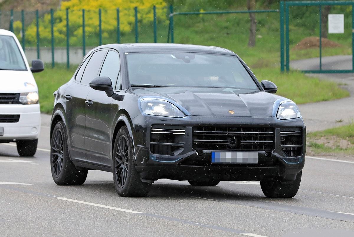 2023-Porsche-Cayenne-front.jpg