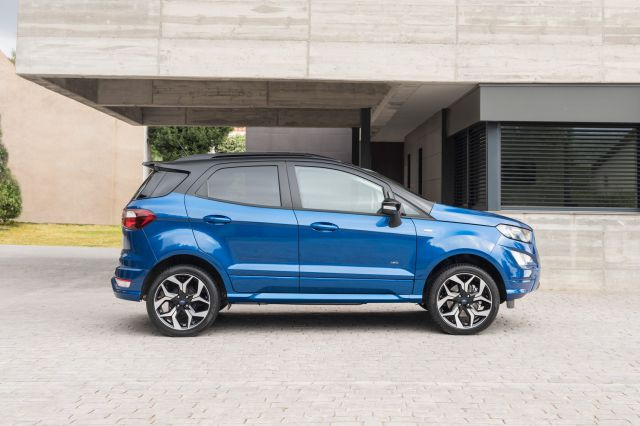 2019 Ford EcoSport side
