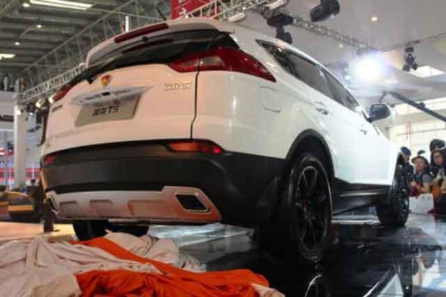 2019 Lotus SUV rear