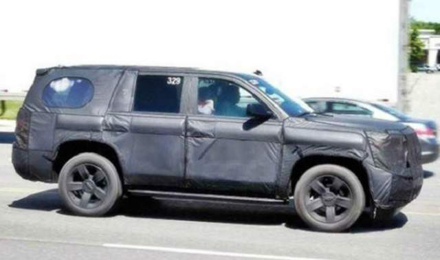 2019 Toyota 4Runner spy shots