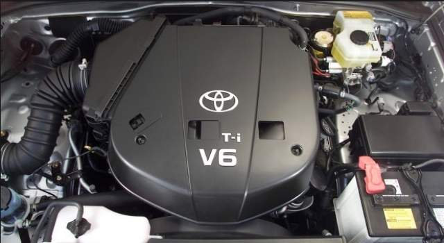 Toyota 4Runner engine